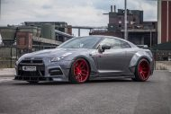 PD750 Prior new pics nissan 11 190x127 Prior Design NISSAN GT R PD750 im Widebody Style