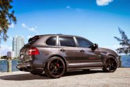 Porsche Design Cayenne GTS On Niche Road wheels 2 190x127 Porsche Cayenne GTS mit 22 Zoll Niche Road Wheels von Exclusive Motoring