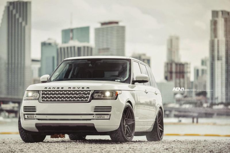 Range Rover HSC Supercharged On ADV5S MV2 CS by ADV.1 1 ADV5S 22 Zoll Alufelgen auf dem Range Rover HSC Supercharged
