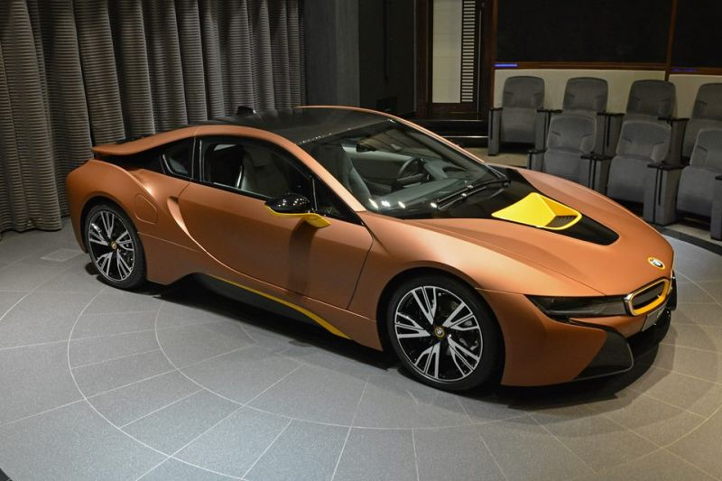 Unique-BMW-i8-folierung-1