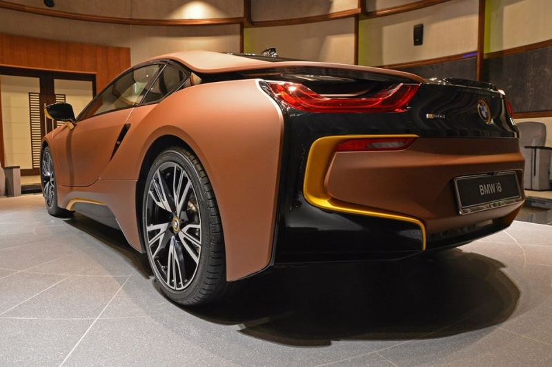 Unique-BMW-i8-folierung-3