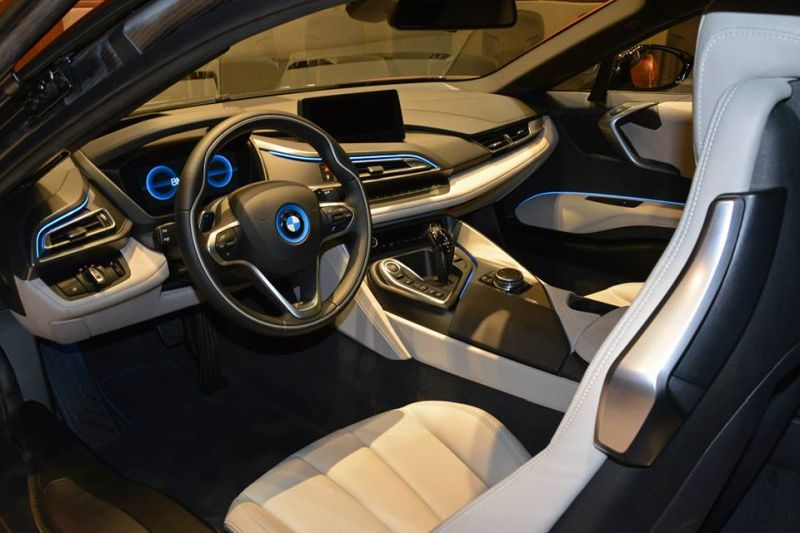Unique-BMW-i8-folierung-5