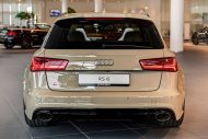 audi rs6 avant in mocha latte 2 190x127 Schicker Audi RS6 Facelift in Mokka Latte Beige