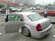 chrysler 300c china glitter tuning 13 190x143 That´s China! Extrem Bling Bling Chrysler 300C von One Hundred Tuning Club