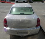 chrysler 300c china glitter tuning 8 190x165 That´s China! Extrem Bling Bling Chrysler 300C von One Hundred Tuning Club