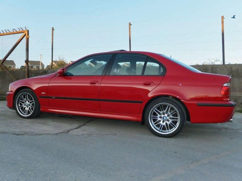 collection-of-historic-bmw-m5-2