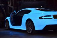 glow in the dark aston martin 3 190x127 Leuchtender Aston Martin DBS von Nevana Designs zur Gumball 3000