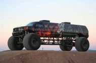 110625 909113 tuning 1 190x126 Video: Keine Fake   10 Meter Ford Excursion Monster Truck
