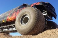 110625 909113 tuning 11 190x126 Video: Keine Fake   10 Meter Ford Excursion Monster Truck