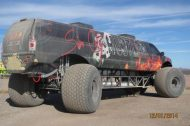 110625 909113 tuning 2 190x126 Video: Keine Fake   10 Meter Ford Excursion Monster Truck