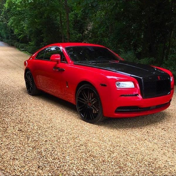 11236474 10152969137746662 4592580171601187796 n Mega Edel   Rolls Royce Wraith mit schwarzen Forgiato Wheels