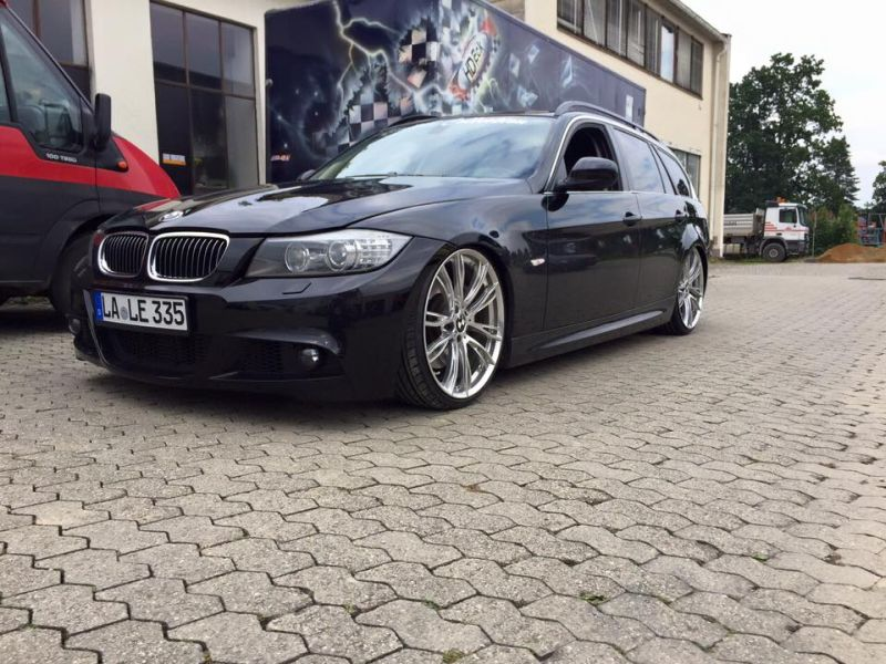 sch n tief kw fahrwerk im bmw e91 335i. Black Bedroom Furniture Sets. Home Design Ideas