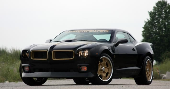 2015-camaro-z-28-turned-into-classic-pontiac-trans-am-1