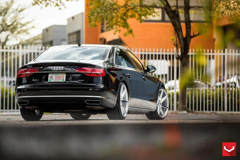 Audi-A8-On-CV7-By-Vossen-Wheels-tuning-04
