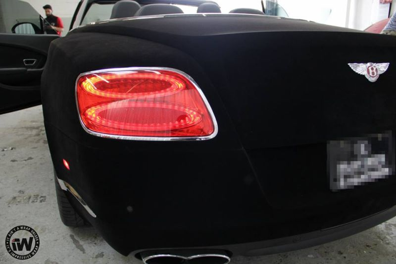 Black Velvet Bentley GTC tuning 3 Flauschiger Hingucker   die Velvet Folierung am Auto!