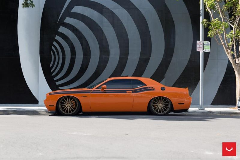 Dodge-Challenger-On-Vossen-VFS2-By-Vossen-Wheels-7