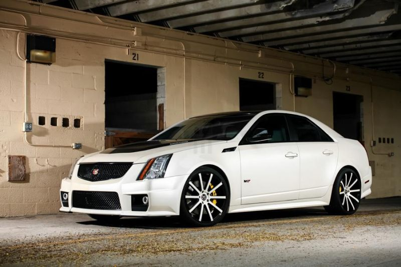 Exclusive-Motoring-Cadillac-CTS-V-By-XO-Luxury-Wheels-2