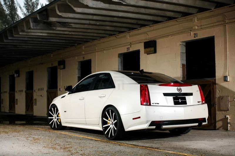 Exclusive-Motoring-Cadillac-CTS-V-By-XO-Luxury-Wheels-4