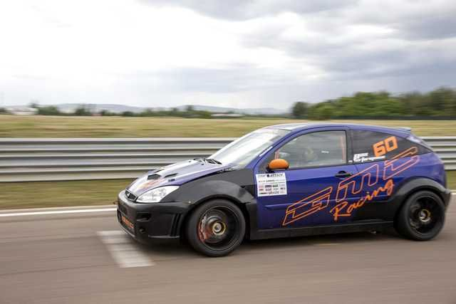 Ford-Focus-RS-GMC-Racing-tuning-3