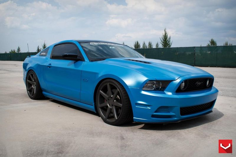 Ford-Mustang-On-CV7-By-Vossen-Wheels-tuning-5