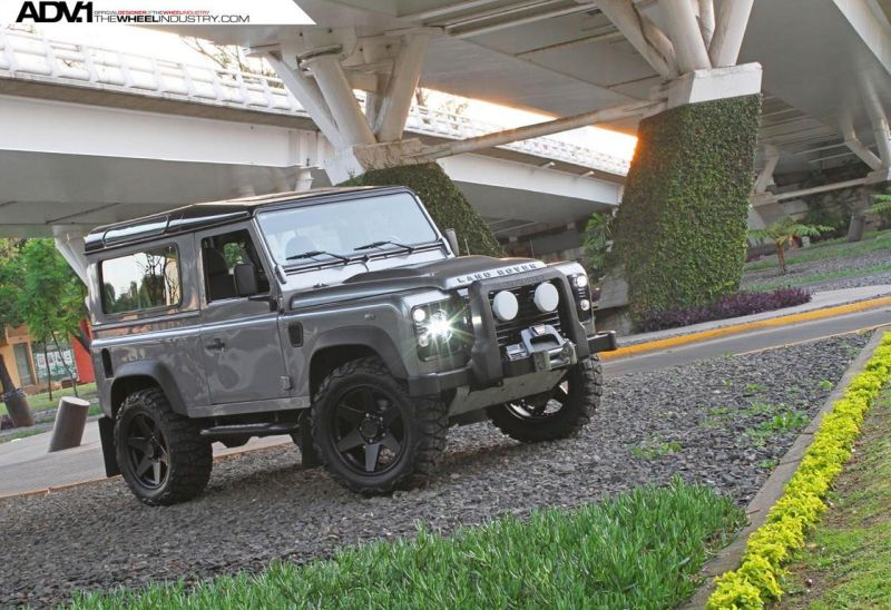 Land-Rover-Defender-On-ADV6-Truck-Spec-By-ADV.1-Wheels-3