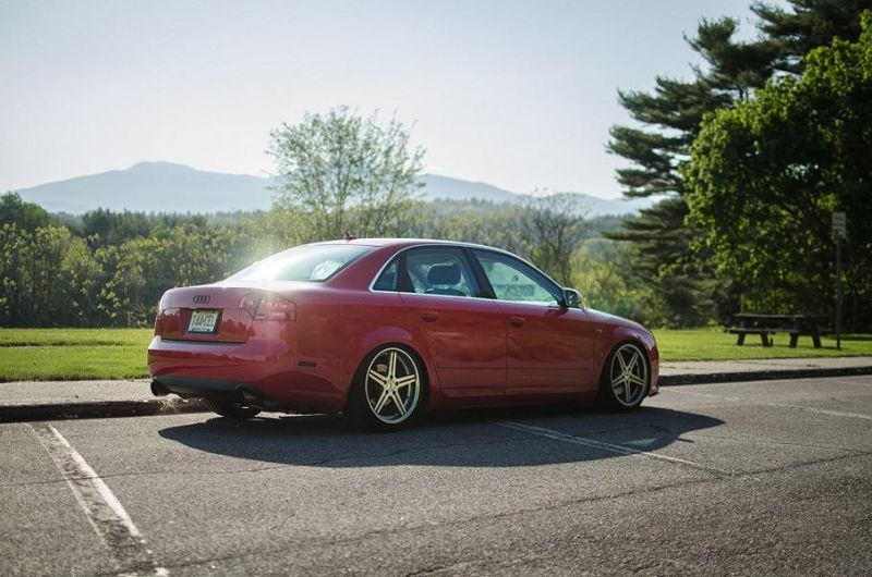 Low_audi_a4_tuning-parts-7