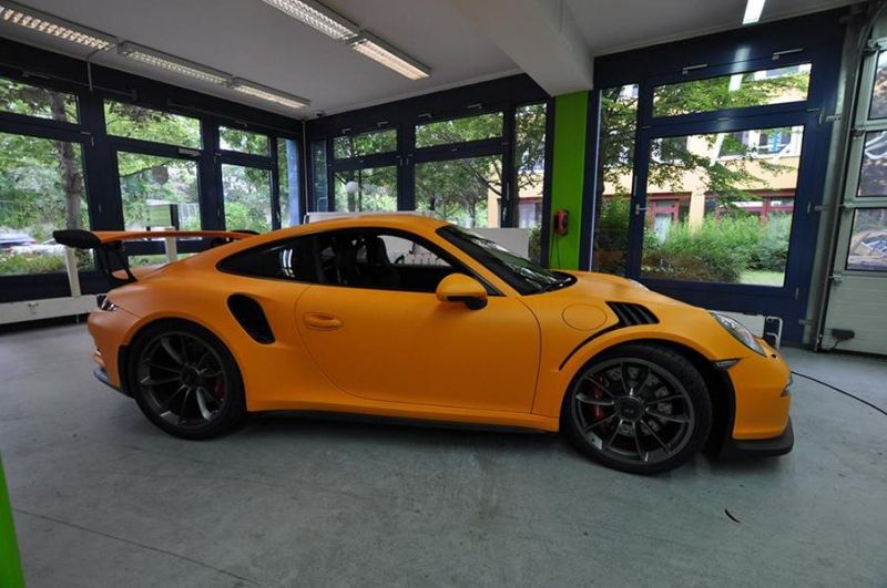 Matte Orange Porsche 991 GT3 RS tuning 1 Print Tech Folierung auf dem Porsche 991 GT3 RS
