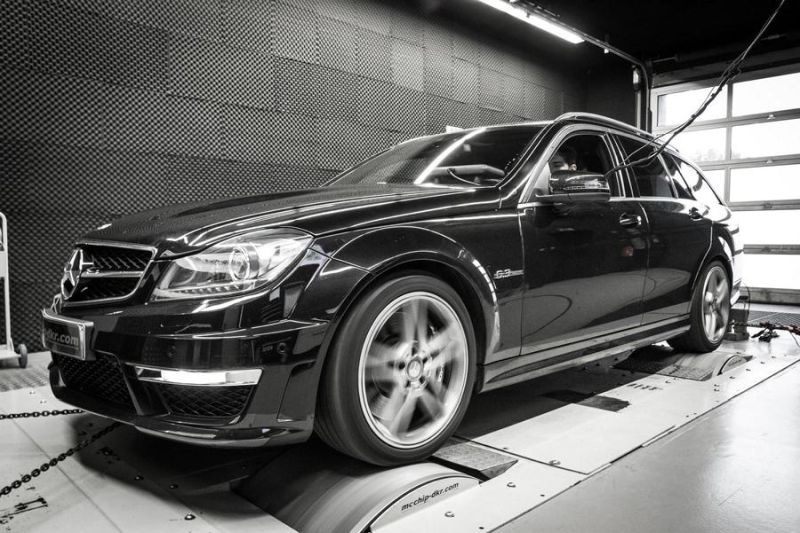 Mcchip-DKR Mercedes C63 AMG 514PS Chiptuning 1