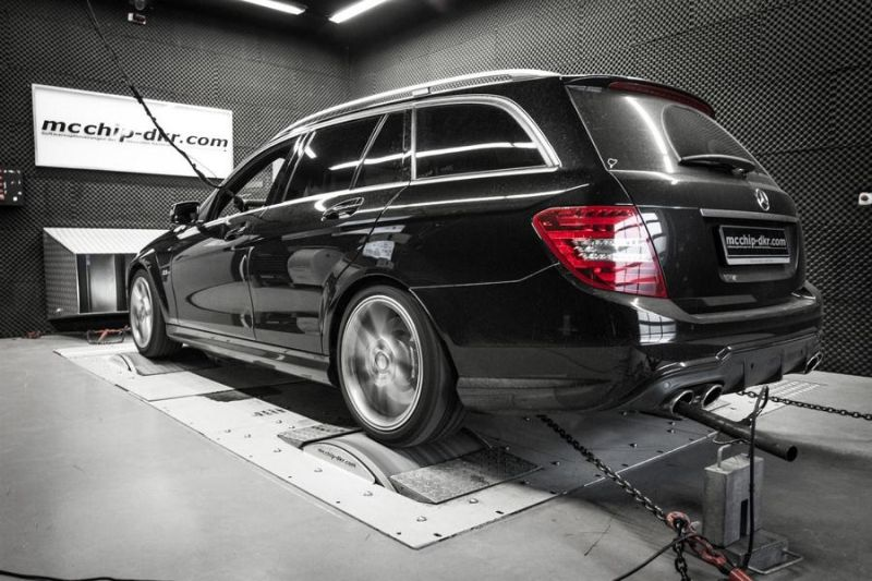 Mcchip-DKR Mercedes C63 AMG 514PS Chiptuning 2