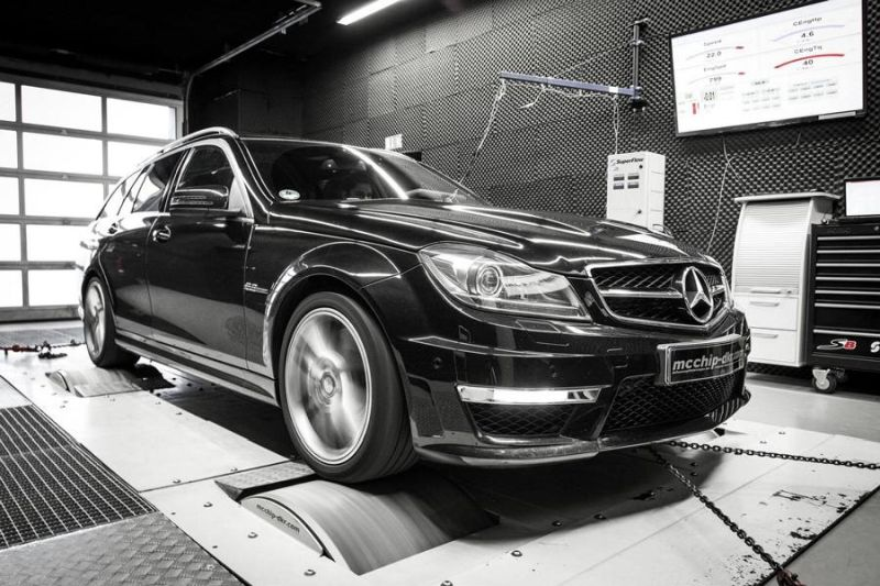 Mcchip-DKR Mercedes C63 AMG 514PS Chiptuning 5