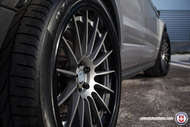 Range-Rover-Evoque-on-HRE-RS103-By-HRE-Wheels-6