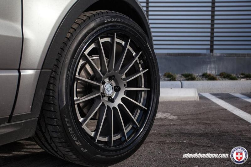 Range-Rover-Evoque-on-HRE-RS103-By-HRE-Wheels-7