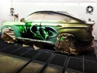 bmw x6 paintjob reveals inner hulk you pour hot water 4 190x143 Video: Irre Farbwechsel Lackierung auf dem BMW X6 enthüllt den HULK und Lamborghini