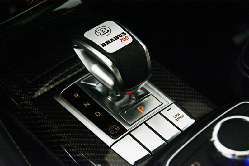 brabus-700-widestar-for-g63-amg-is-a-sinister-off-road-batmobile-9