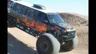video keine fake 10 meter ford e 190x107 Video: Keine Fake   10 Meter Ford Excursion Monster Truck