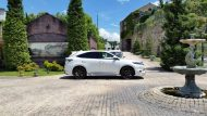 11700732 874689382599544 5827707477920940915 o 190x107 Rowen International macht den Toyota Harrier zum Lexus RX