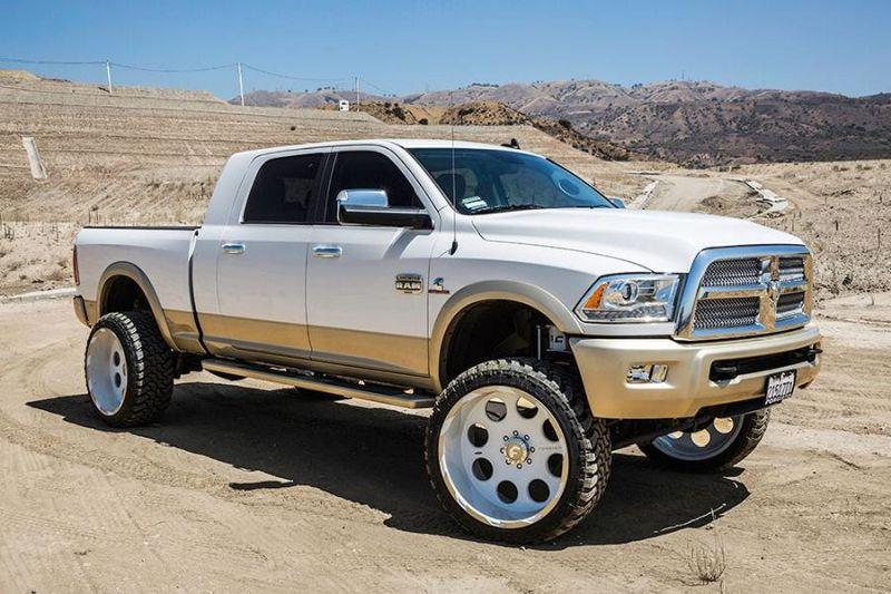 11728965 10153021114841662 3799189768819002915 o Riesig   Dodge Ram mit 26 Zoll Forgiato Wheels Alufelgen