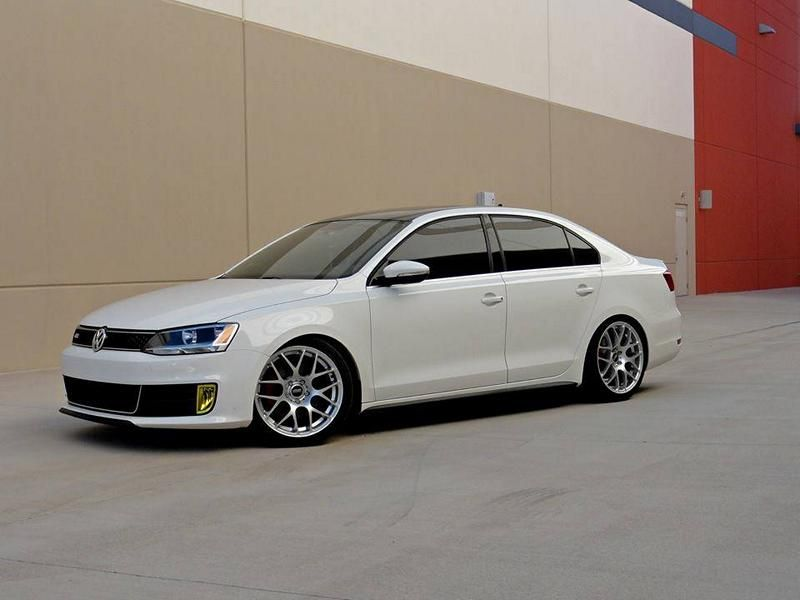 11745377 10152895102290997 2391001084038146401 n US VW Jetta GLI mit VMR Wheels Typ V710 in 18 Zoll