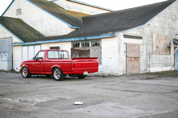 1993-ford-f-150-side-view-red-2