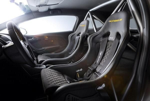 2014-opel-astra-opc-extre-10_1