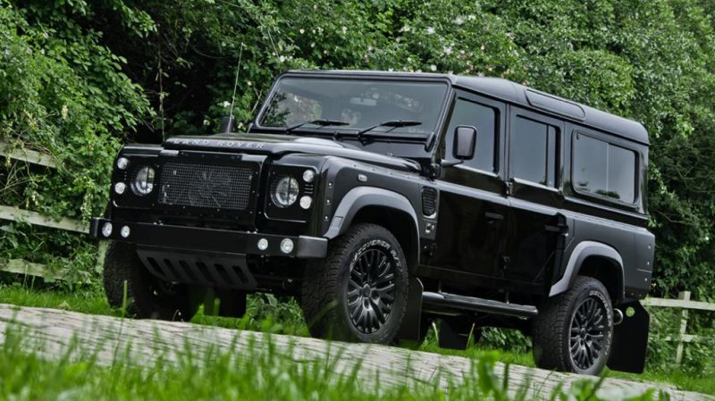 7 Seat Kahn Land Rover Defender tuning 1 Land Rover Defender 7 Sitzer by Tuner Kahn Design