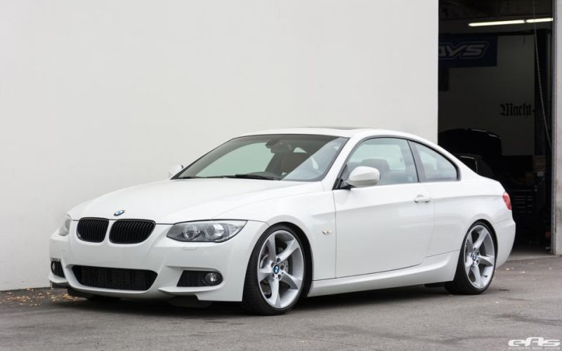Alpine-White-BMW-E92-335i-Gets-A-Suspension-Update-2