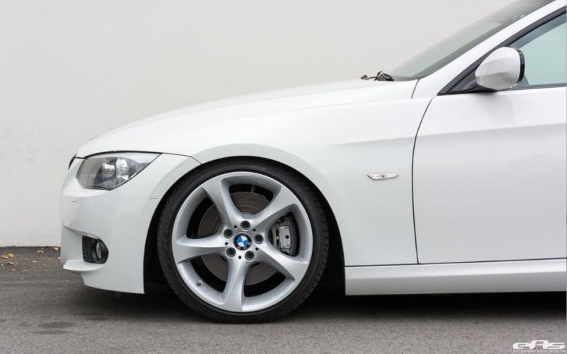 Alpine-White-BMW-E92-335i-Gets-A-Suspension-Update-3