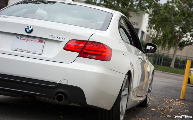 Alpine-White-BMW-E92-335i-Gets-A-Suspension-Update-6