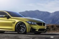 Austin Yellow BMW F82 M3 On VMR V710 Wheels 2 190x127 19 Zoll VMR V710 Wheels Alufelgen am BMW M4 F82