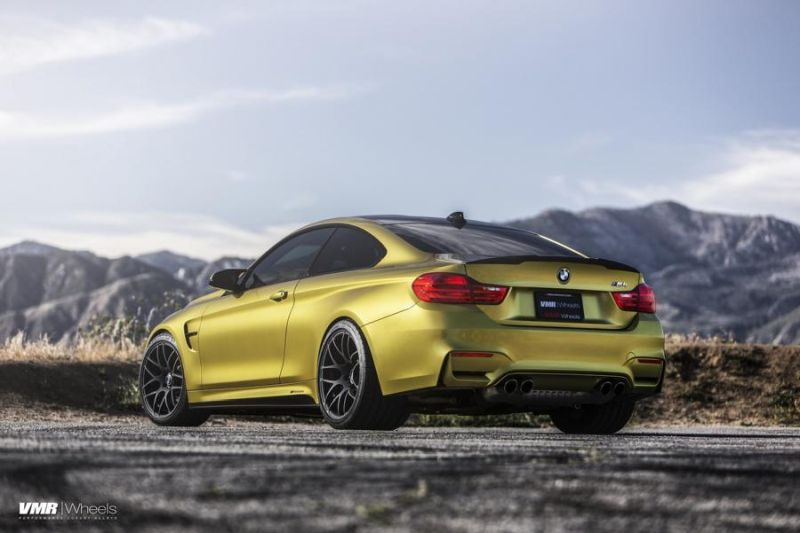 Austin-Yellow-BMW-F82-M3-On-VMR-V710-Wheels-4