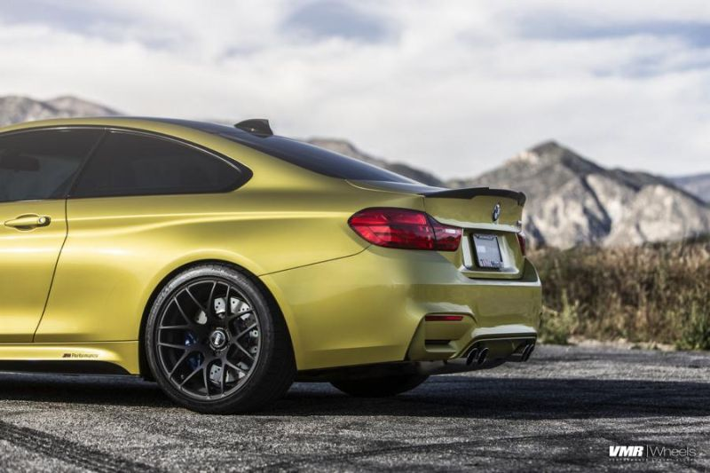 Austin-Yellow-BMW-F82-M3-On-VMR-V710-Wheels-5