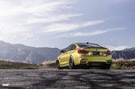 Austin Yellow BMW F82 M3 On VMR V710 Wheels 6 190x126 19 Zoll VMR V710 Wheels Alufelgen am BMW M4 F82