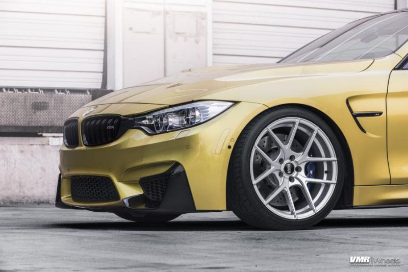 BMW-F82-M4-On-VMR-Flow-Formed-803-Wheels-2