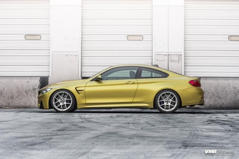BMW-F82-M4-On-VMR-Flow-Formed-803-Wheels-4